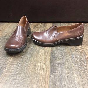 Clarks Brown Slip On Heels | Size 7 1/2